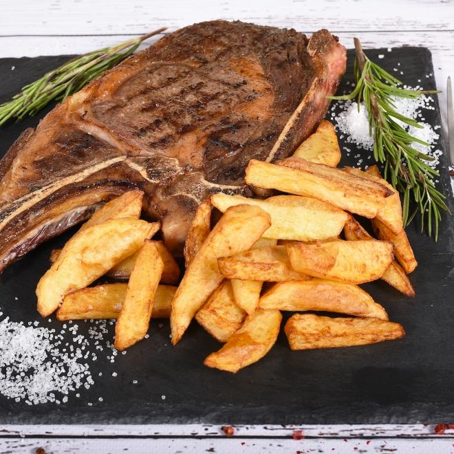Antricot de vițel grill cu cartofi prăjiți, 600g